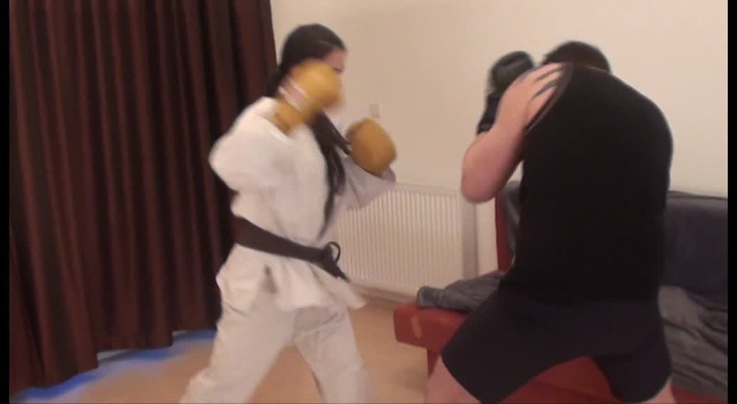 'The Challenge' – Mixed Boxing